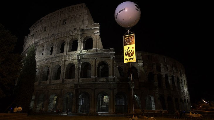 ora della terra colosseo roma